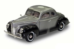 Ford Coupe Deluxe Hard Top 1940 Motor Max 1:18