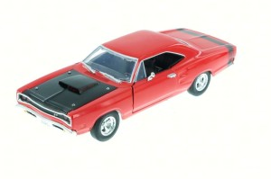 Dodge Coronet Super Bee 1969 Motor Max 1:24