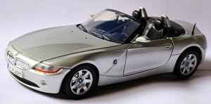 BMW Z4 Spider Open 2002 Motor Max 1:24