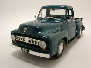 Ford F-100 Pick up 1953 Lucky Diecast 1:18