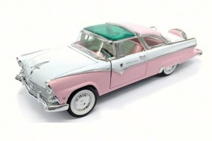 Ford Fairlane Crown Victoria 1955  Lucky Diecast 1:18
