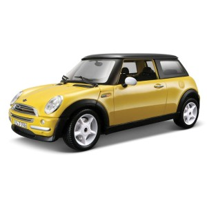 Mini Cooper 2001 Bburago KIT 1:24
