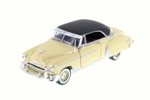 Chevrolet Bel Air 1950 Motor Max 1:24