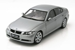 BMW 330i 2006 Welly 1:18