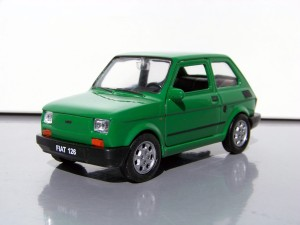 Fiat 126p Maluch Legenda PRL Welly 1:34