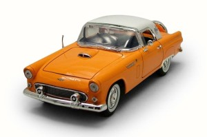 Ford Thunderbird Hard Top 1956 Motor Max 1:18