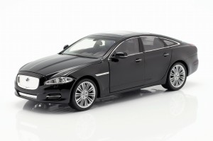 Jaguar XJ 2010 Welly 1:24