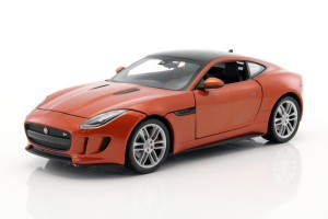 Jaguar F-Type Coupe 2015 Welly 1:24
