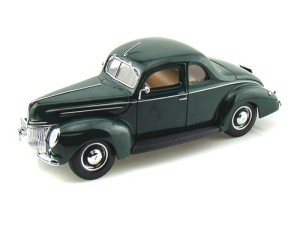 Ford Deluxe 1939 Maisto 1:18