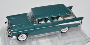 Chevrolet Nomad 1957 Lucky Diecast 1:24