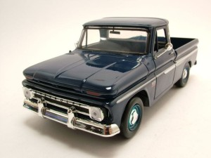 Chevrolet C10 Fleetside Pickup Truck 1966 Motor Max 1:24