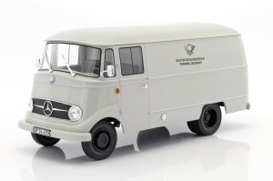 Mercedes L319 Van Deutsche Post (1957) Norev 1:18
