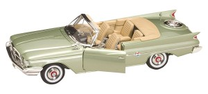 Chrysler 300F Convertible 1960  Lucky Diecast  1:18
