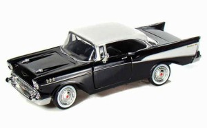 Chevrolet Bel Air Hard Top 1957 Motor Max 1:24