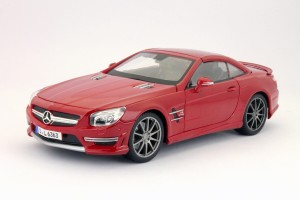 Mercedes-Benz SL 63 AMG 2013 Hard Top Maisto 1:18