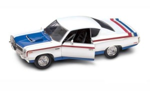 AMC Rebel Machine 1970 Lucky Diecast 1:18