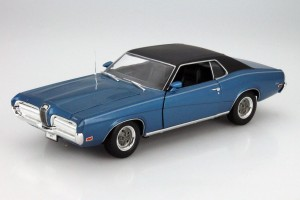 Mercury Cougar XR7 1970  Welly 1:18
