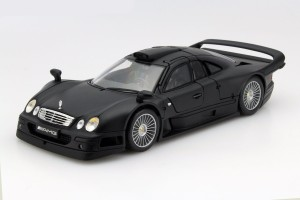 Mercedes-Benz CLK-GTR Street Version Maisto 1:18