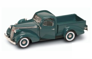 Studebaker coupe express pick up 1937  Lucky Diecast 1:18